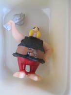 Asterix - Figurine Bridelix Plastoy 1999 -  Ordralphabetix - Asterix & Obelix