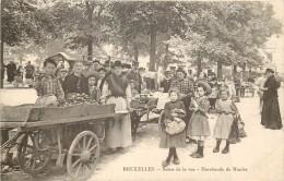 Bruxelles - Marchande De Moules - Markten