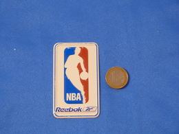 "Petite Plaque En Métal ""REEBOK NBA"" - Advertising (Porcelain) Signs"