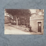 CPA-30-TAVEL-Place De La Poste Et Jeu De Boules-Animée - Altri Comuni