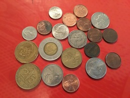 LOT DE 20 Pièces Voir Scan - Monnaies & Billets