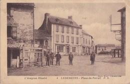 12 L' Aveyron Illustré N° 4  LEDERGUES  Coin Du VILLAGE Animé  Place Du FOIRAIL Commerces - Frankreich