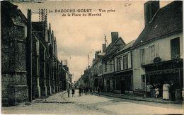 CPA La Bazoche Gouet- Vue Prise De La Place Du Marché. (710085) - Autres Communes