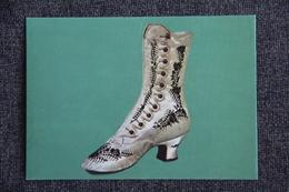 ROMANS - Musée De La Chaussure, Bottine De Femme, 1875 - Romans Sur Isere