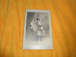 PHOTO SUR CARTON ANCIENNE DATE ?. / A. BRAZIEN REIMS. / ANOTATION AU DOS BERGERETTE.. - Anonyme Personen