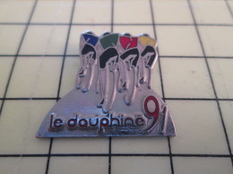 PIN817 Pin's Pins : BEAU ET RARE : Thème SPORTS / CYCLISME VELO ROUE COURSE LE DAUPHINE 91 - Cycling