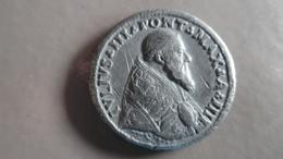 Monnaie Pâpale Julius III En Plomb à Identifier - …-1861 : Before Reunification