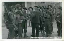 MILITARIA(GUERRE 1939_45) DEBARQUEMENT(ARROMANCHES LES BAINS) CARTE PHOTO - War 1939-45