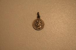 Médaille De St Christophe En ARGENT - Religione & Esoterismo
