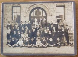 Photo Ancienne (moyenne). Groupe: École. Pas De Date. (18cm X 13cm) - Anonymous Persons