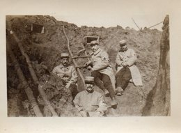 MILITAIRES DANS LA TRANCHEE    PHOTO SEPIA - Guerra, Militares