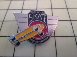 PIN917 Pin's Pins : BEAU ET RARE : Thème SPORTS / SKATE BOARD EAGLE SKATE - Badges