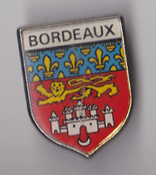 PIN'S THEME VILLE DE BORDEAUX   BLASON  ARMOIRIES - Steden