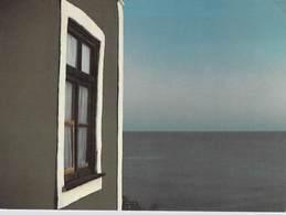 D'après Photo Joseph H.NEUMANN (fenêtre) FORMAT  17 X 12 Cms-- Editions Krackenberger  N°019002 - Illustrateurs & Photographes