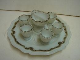 CM. 7. Plat Avec 6 Coquetiers Et Sa Coupe à Sel En Opaline - Eggs