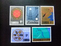 ZAMBIA ZAMBIE 1967 Desarroyo Nacional Yvert N 34 / 38 ** MNH - Zambia (1965-...)