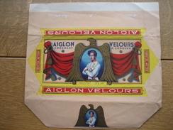 Emballage Superbement Illustré Chocolaterie AIGLON S.P.R.L. VERVIERS -Tablette 175 Grs AIGLON VELOURS à Croquer - Publicités
