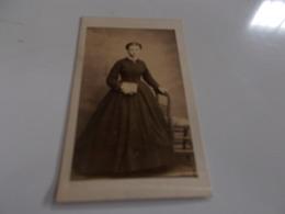 B688  Foto Cartonata Donna Cm10,5x6,5 - Fotografia