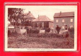 27-CPA HACQUEVILLE - FERMES DE LA RUE VERTE - France