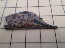 Pin113b Pin's Pins / Beau Et Rare / THEME : TGV / RAME GRIS CLAIR OU BLANC N°443 - TGV