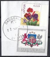 Lettonia 2015 Fiori Flowers Stemma Arms  Latvija Used On Paper Su Frammento - Letland