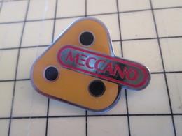 Pin113d Pin's Pins / Beau Et Rare / THEME : JEUX / JEU DE CONSTRUCTION MECCANO - Games