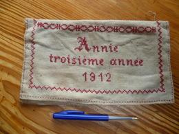 Décoration Enfantine Au Point De Croix Travail Scolaire 1912 - Point De Croix