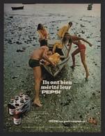 Pub Papier  1969 BOISSON   PEPSI Cola Source Perrier Couple Plage Marée Basse Barque - Advertising