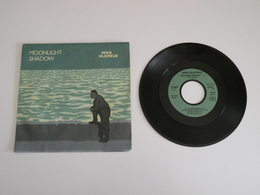 Mike Oldfield - Moonlight Shadow / Rite Of Man  (1983) - Virgin - World Music