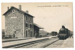 SAINT BEAUZIRE- LE TRAIN EN GARE -LIGNE BRIOUDE SAINT FLOUR - Brioude