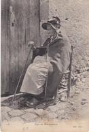 CP9 - Allier (03) - Vieille Bourbonnaise En Costume Traditionnel - Frankreich