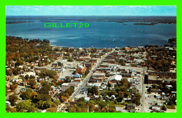 ORILLIA, ONTARIO - AERIAL VIEW OF THE CITY & LAKE COUCHICHING IN HURONIA VACATIONLAND - H. R. OAKMAN - - Ontario