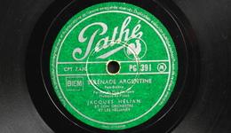78 Trs - PATHE PG 391 - Jacques HELIAN Et Son Orchestre - Sérénade Argentine Et Miousic Miousic - Bon Etat - 78 T - Disques Pour Gramophone