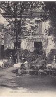 92. LE PLESSIS ROBINSON CPA. RARETE. RESTAURANT DES FLEURS. ANNEE 1915. ANIMATION EN TERRASSE - Le Plessis Robinson