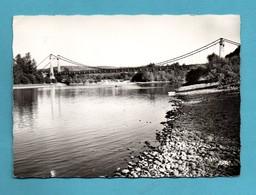 46 Lot  Gluges Environs De Martel Le Pont Format 10,5 X 15 - Autres Communes