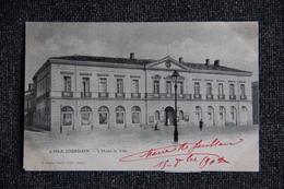 L'ISLE JOURDAIN - L'Hôtel De Ville - France