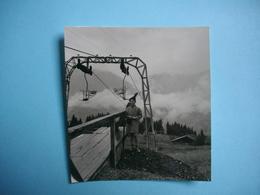 PHOTOGRAPHIE   SAMOENS  -  74  -  Le Télésiège Des Esserts  -   8 X  7,5  Cms - 1961 -  Haute Savoie - Samoëns