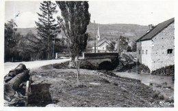 Villy-en-Auxois. L'Ozerain. Le Déversoir. - Other Municipalities