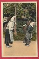 Chiny - Les Hotteuses - Jolie Carte Couleur ( Voir Verso ) - Chiny