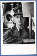 Carte Photo  --  Soldat Allemand En Uniforme  - - War 1939-45