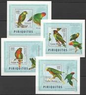 V185 2006 GUINE-BISSAU FAUNA BIRDS PARROTS PIRIQUITOS 4 LUX BL MNH - Perroquets & Tropicaux