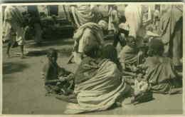 ETHNIC BLACK AFRICA SCENES - SOMALIA - WOMEN AT MARKET - RPPC 1920s (3098) - Somalia