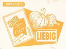 """Buvard """" Liebig """" ( Pliures, Taches 20 X 14.5 Cm ) - Potages & Sauces"""