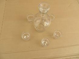 Verres à Liqueurs Avec Carafe - Dishware, Glassware, & Cutlery