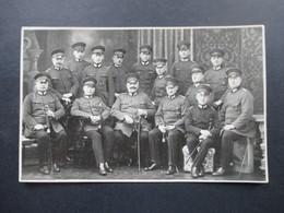 AK / Foto 1. WK Höhere Militärränge! Eisernes Kreuz Usw. Säbel. - Personnages