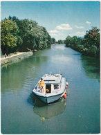 11. Gf. CASTELNAUDARY. Un Bateau De Location Blue Calypso Sur Le Canal Du Midi - Castelnaudary