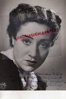 GRANDE PHOTO ORIGINALE DEDICACEE MIREILLE PERREY- ACTRICE 1904 A BORDEAUX-FONTAINEBLEAU 1991-PARAPLUIES CHERBOURG - Dédicacées