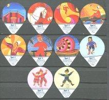 508 - Cirque, Clowns Et Marionettes - Serie Complete De 10 Opercules Suisse Toni - Milk Tops (Milk Lids)