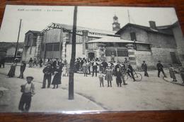 CPA Bar Sur Seine  La Verrerie Sortie Ouvriers Rare Ed CFM - Bar-sur-Seine
