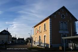 Gièvres (41)- La Gare (Edition à Tirage Limité) - Autres Communes